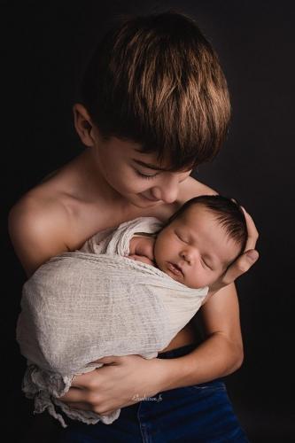 photo fraterie nouveau-né